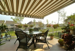 Canadian Made Retractable Patio Awning